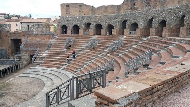 teatro-romano-min.jpg