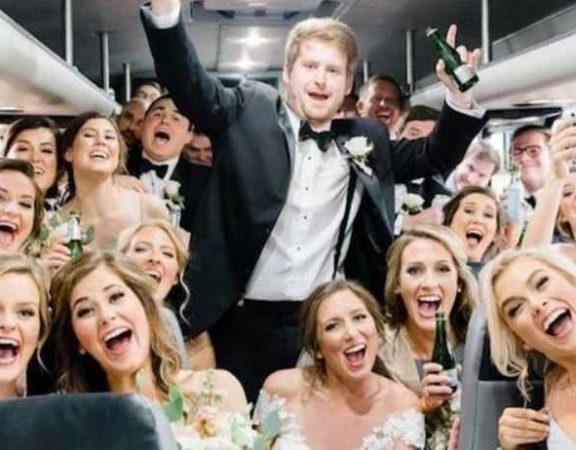 noleggio autobus o minibus per feste private